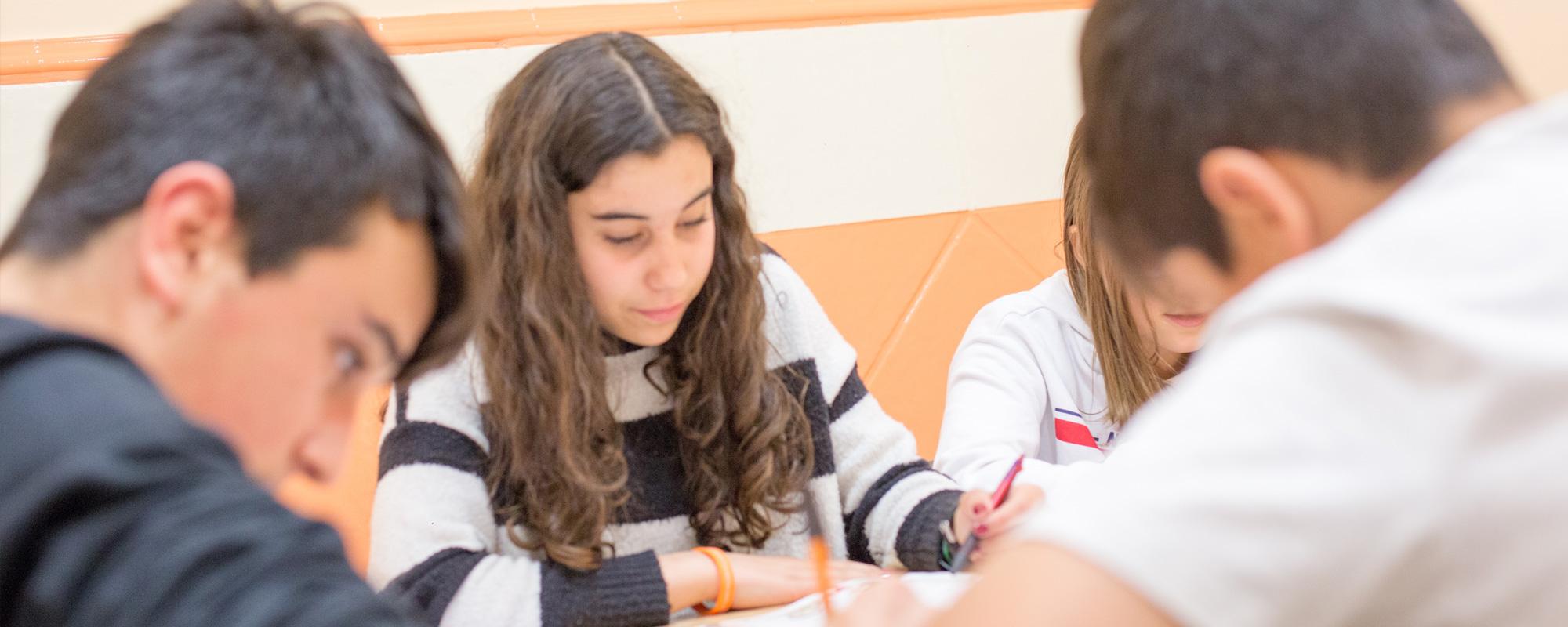 Clases de inglés y francés para todos los niveles, de niños a adolescentes